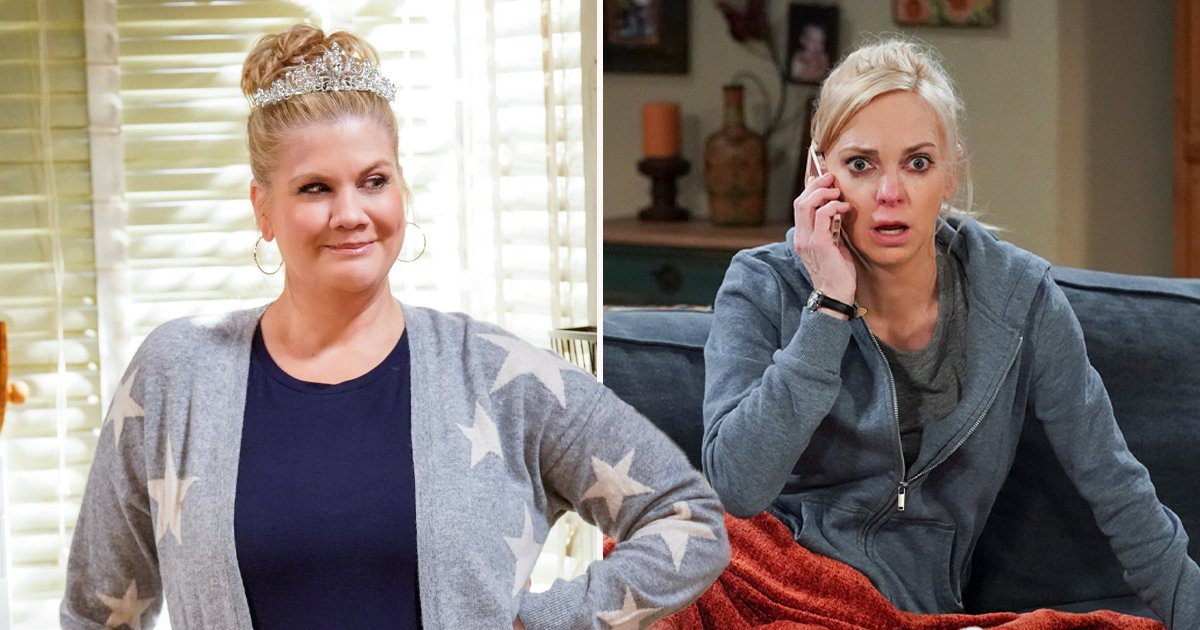 Mom star Kristen Johnston says sitcom cancellation is 'a huge bummer' after Anna Faris exit