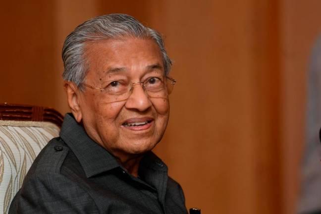 Let healthy tourists visit Langkawi - Dr Mahathir