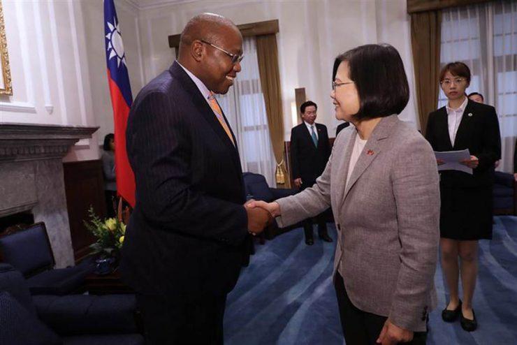 感谢台湾总统赠治疗药物 斯威士兰国王染疫痊愈