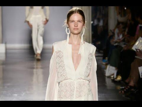 LES COPAINS Spring 2019 Milan - Fashion Channel