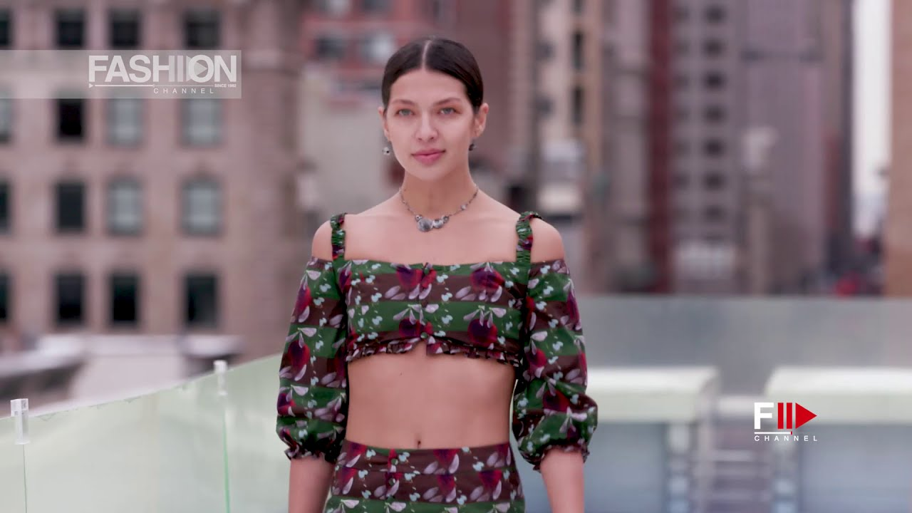 FLYING SOLO SHOW #2 Fall 2021 New York  - Fashion Channel