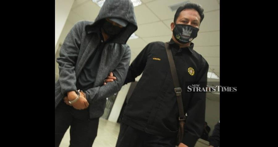 Police corporal charged with accepting RM1,000 bribe