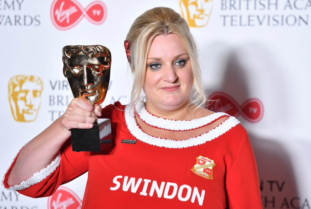 Rebel Wilson and Scarlett Moffatt lead celebs rallying around Daisy May Cooper as This Country star reveals painful injury