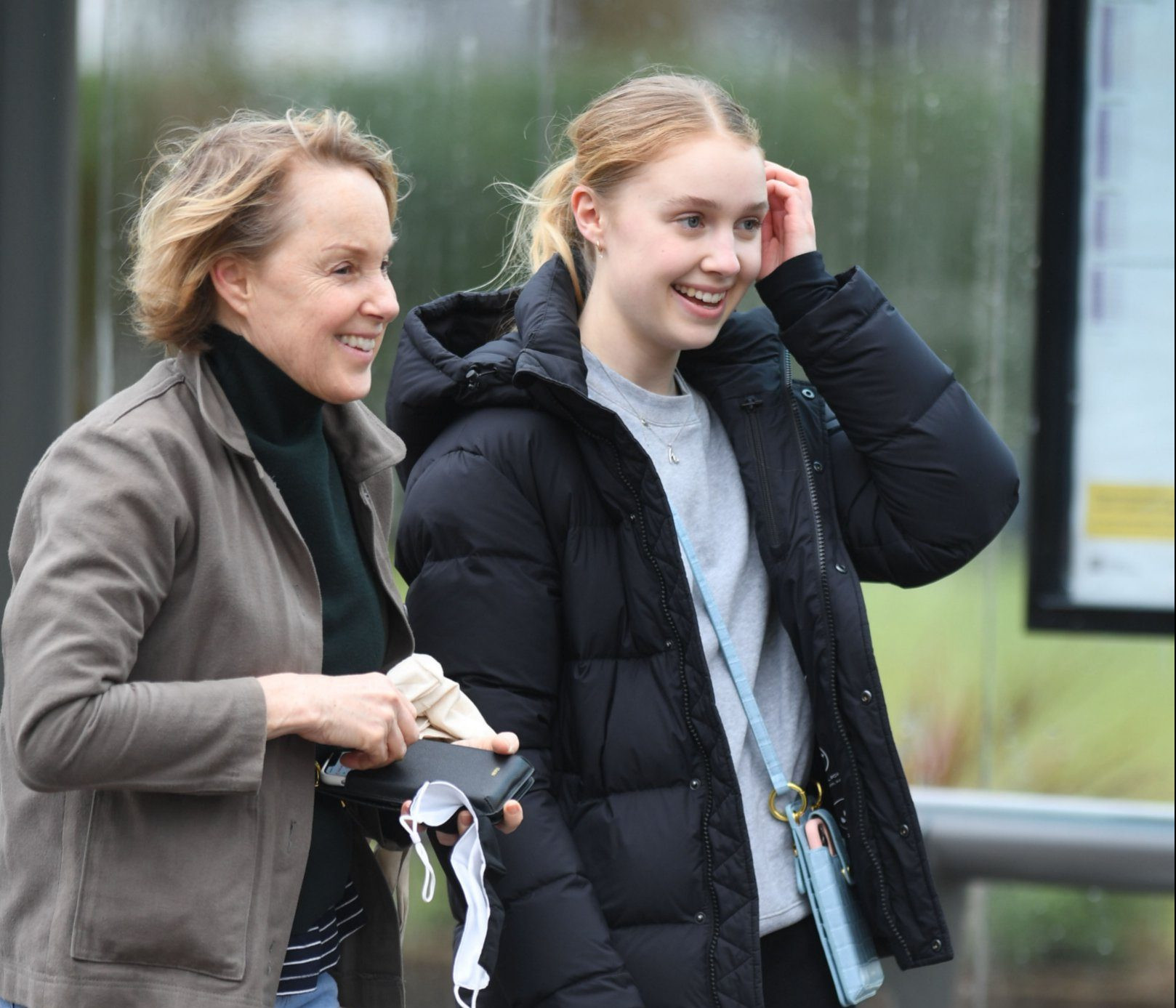 Coronation Street's Sally Dynevor and her daughter enjoy brisk break in the wind