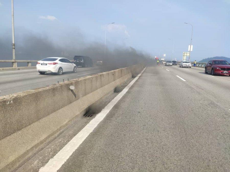 尚未知槟大桥电缆失火原因 再里尔:等待鉴证组调查