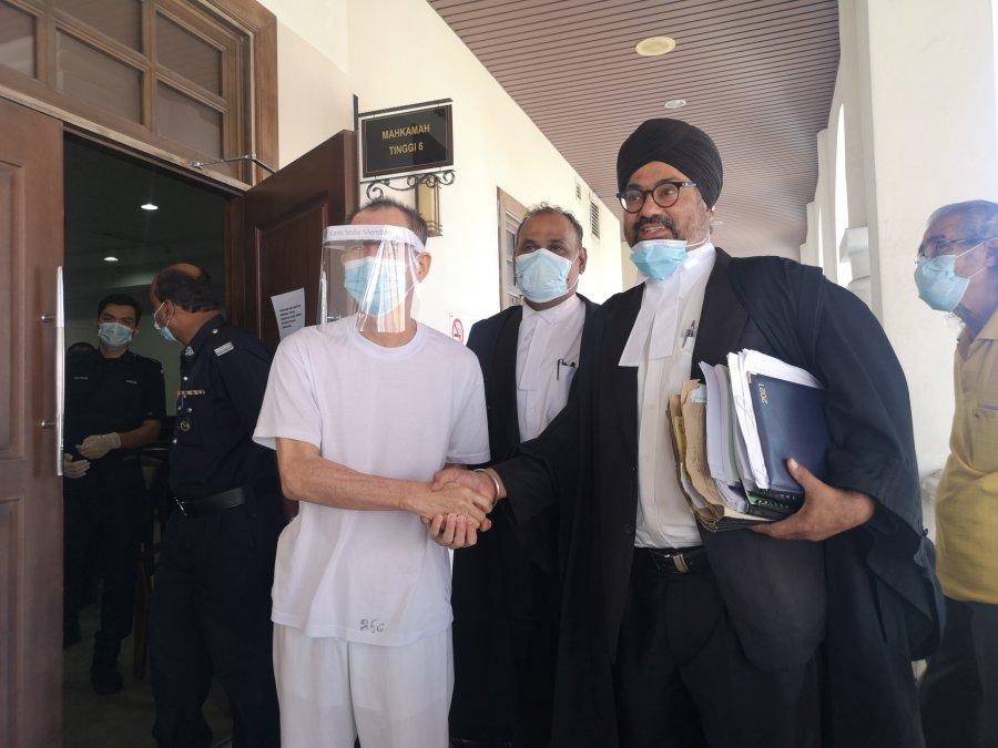 华男被控贩毒 证据不足当庭释放