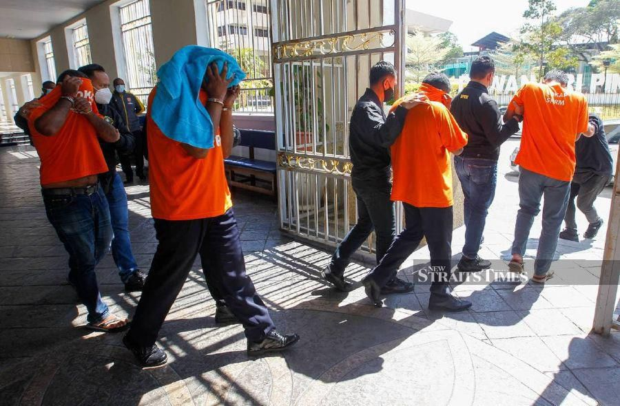 Four, including senior Penang cop, nabbed for colluding with drug traffickers