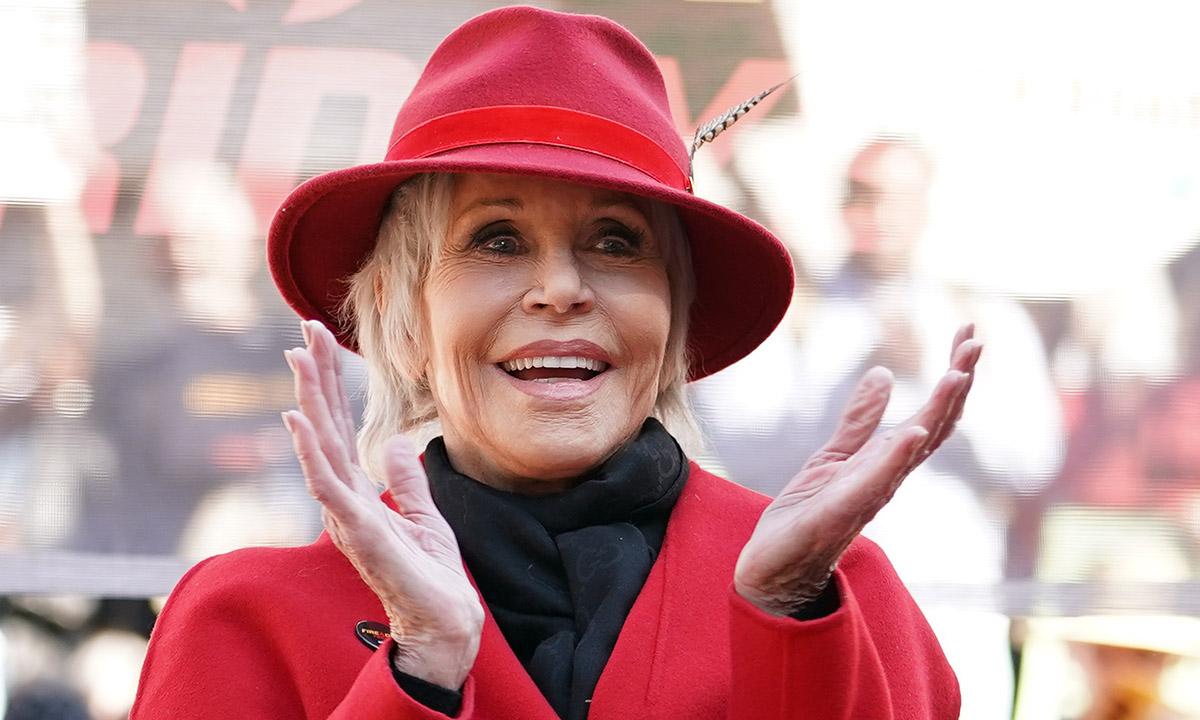 Jane Fonda stuns Ellen DeGeneres with age-defying appearance