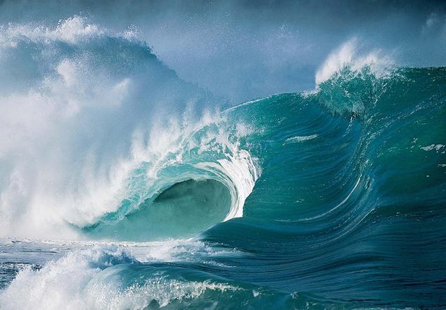 地球海沟每年吸入30亿吨海水,为什么海平面不会下降?