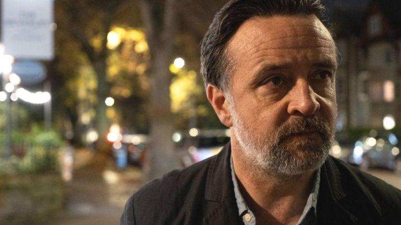 Covid: Poldark's Richard Harrington took Deliveroo job in lockdown