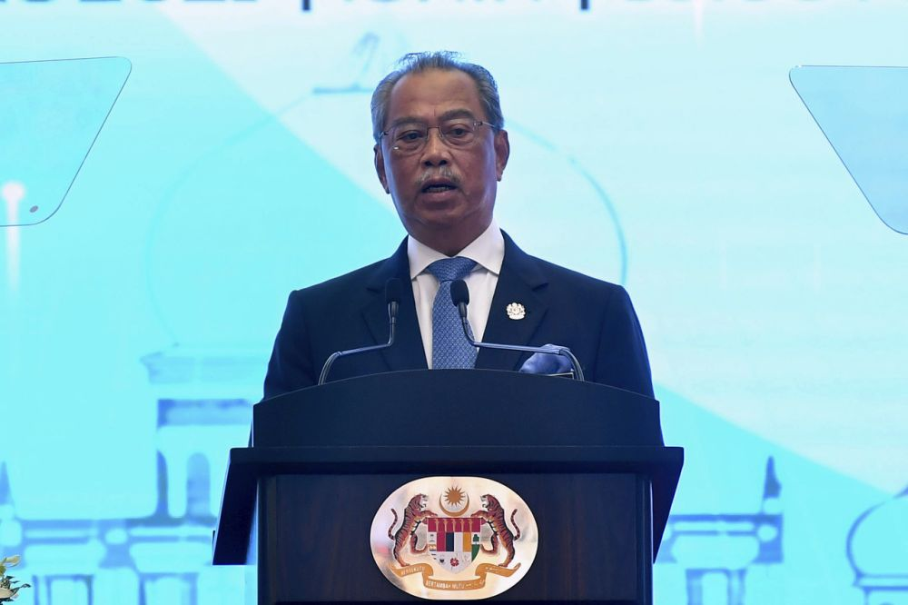 PM Muhyiddin: Crucial to uplift, empower young women leaders to unleash their full potential