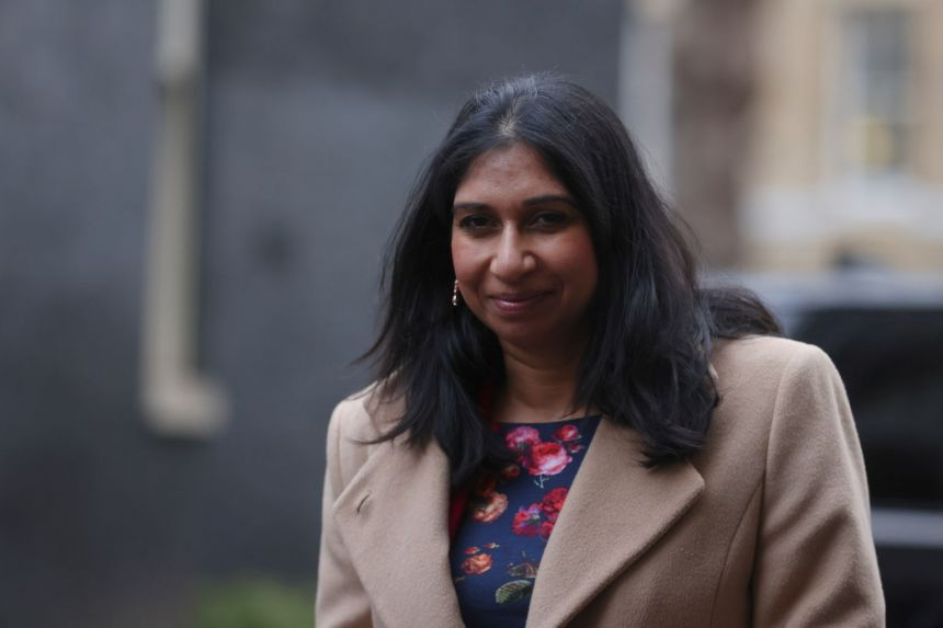 New law allows first British minister to take maternity leave