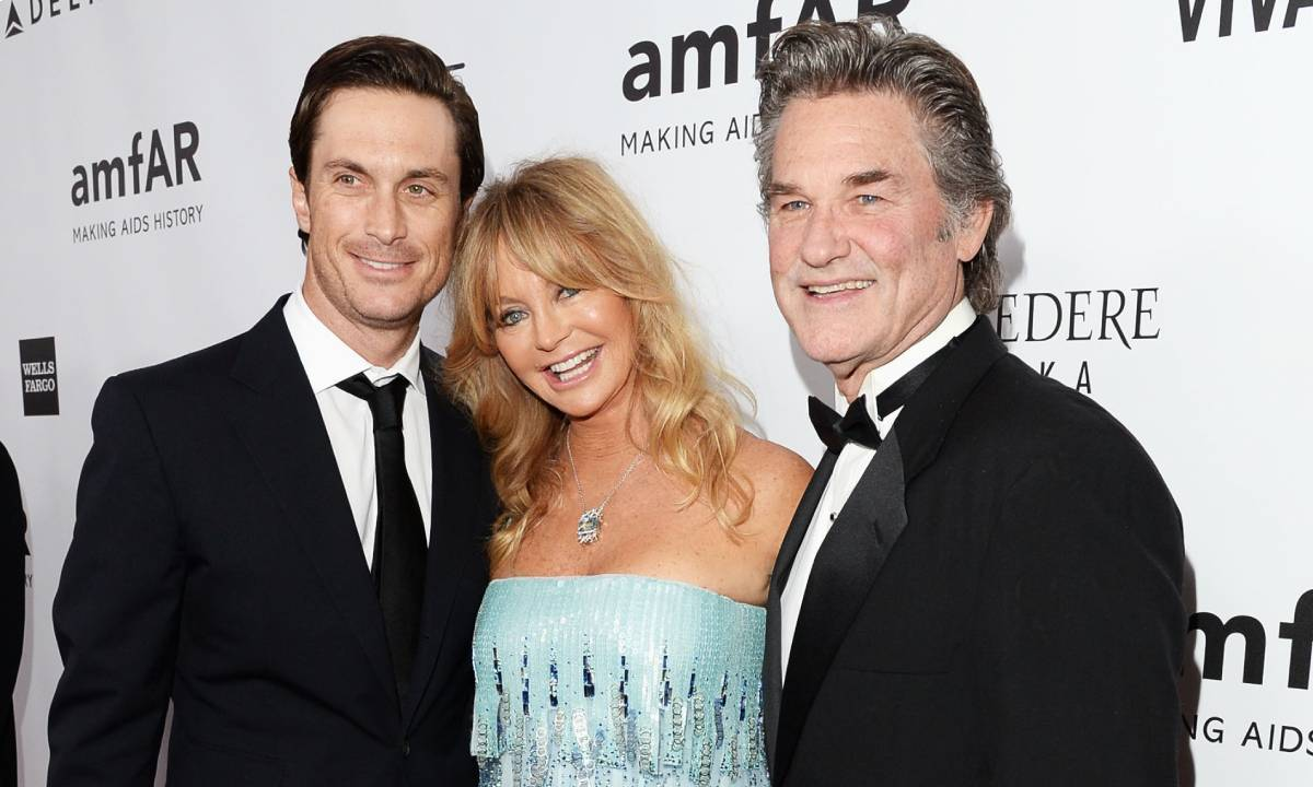 Oliver Hudson looks unrecognisable in latest selfie – and fans are confused