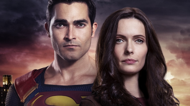 Superman & Lois renewed for second season and fans are over the moon