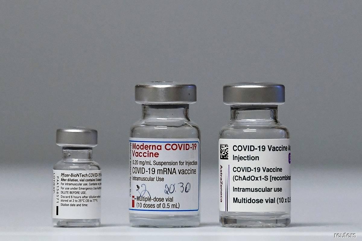UK regulator says will fast-track vaccines for coronavirus variants
