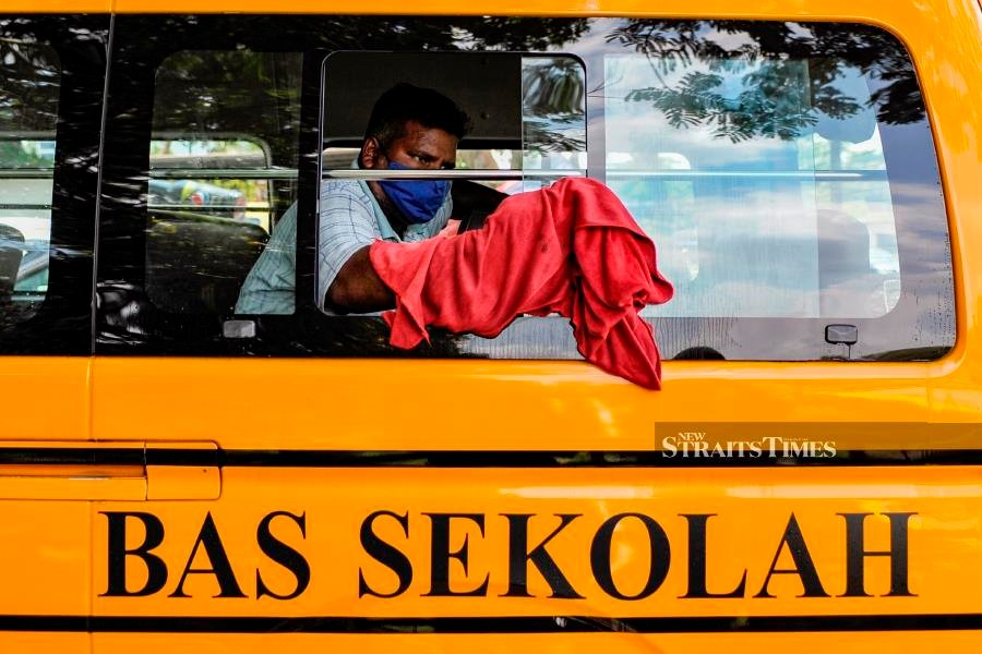 Taxi drivers, school and tour bus operators urged to update profile for Permai aid