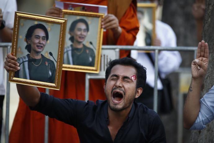 列军事最终用户制裁清单 美阻缅军清空40亿存款