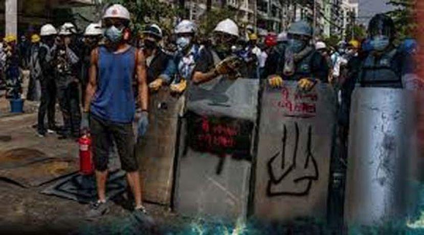 缅甸军警大逮捕 闯大学医院抓数百示威者