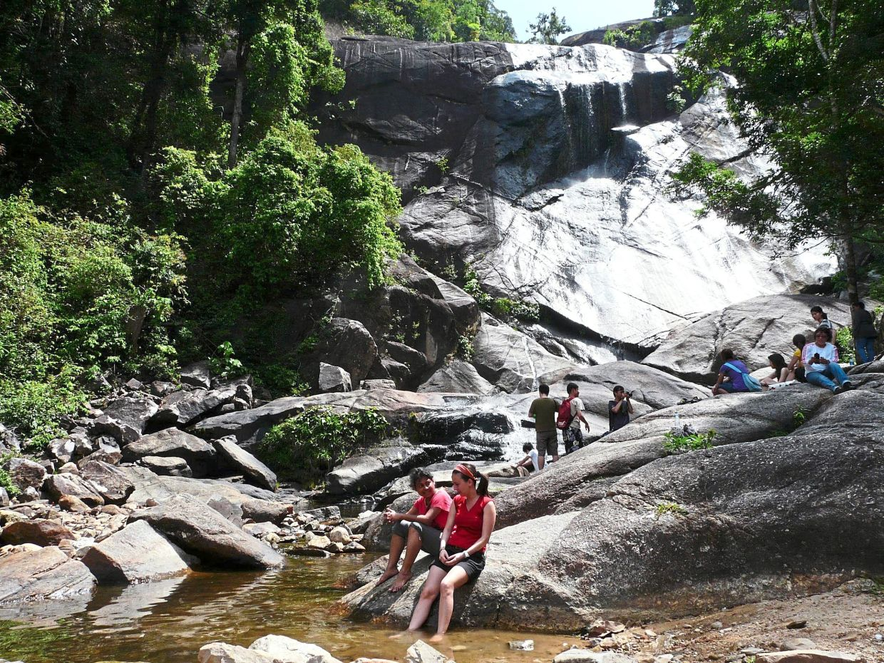 Where are the Instagram-worthy waterfalls in Malaysia?