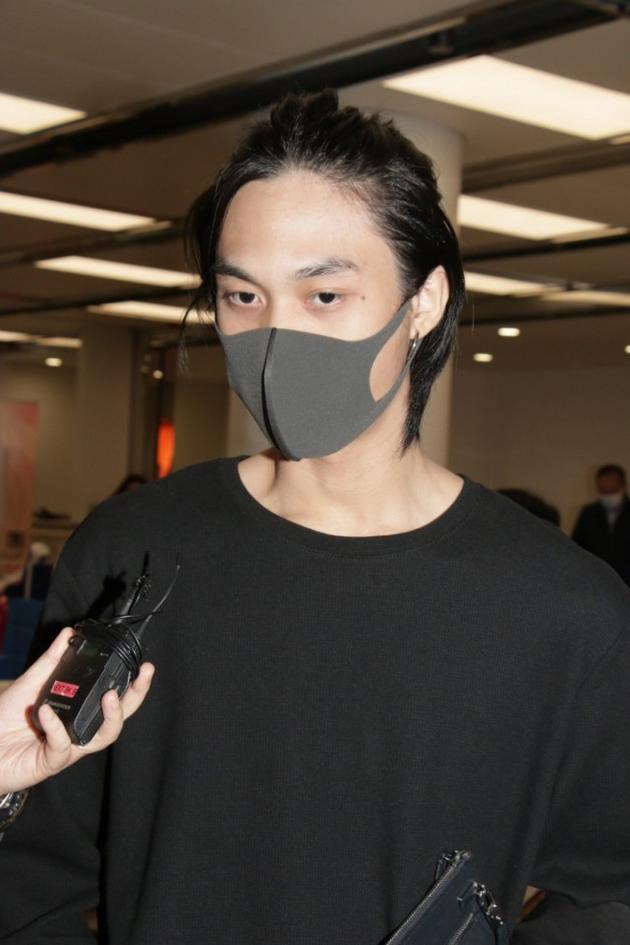 吴孟达刚刚出殡儿子便遭全网暴力 他做了什么?