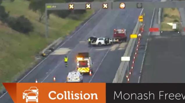出行注意!晚高峰墨尔本Monash Fwy发生致命车祸,1人死亡,交通严重拥堵(图)