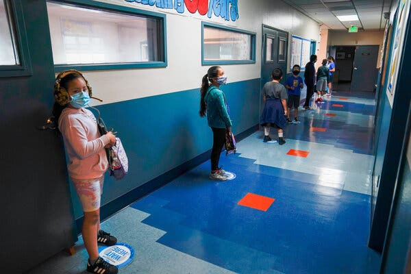 Los Angeles Schools and Teachers' Union Agree to Reopen Classrooms