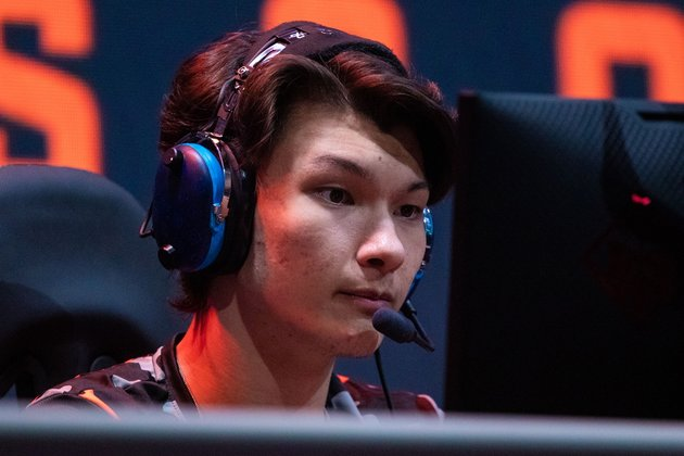 Sentinels' Sinatraa suspended amid sexual-abuse investigation