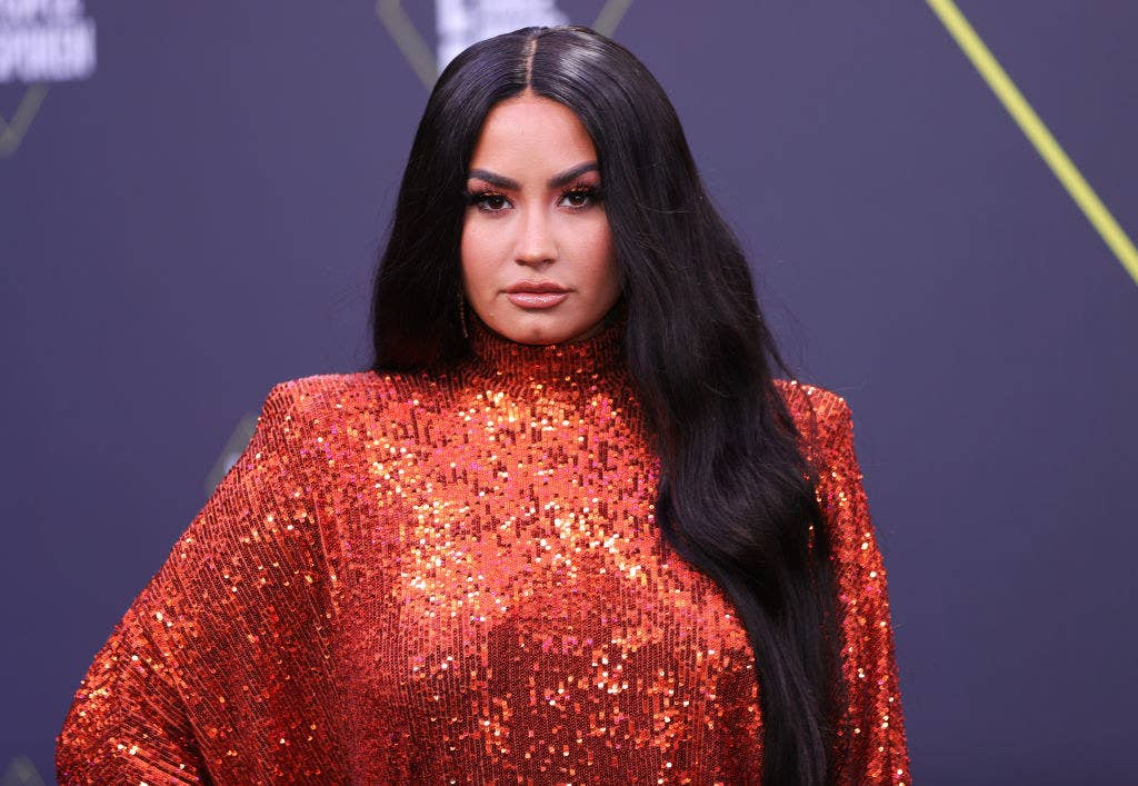 """Demi Lovato Posed With A Bong On Instagram After Explaining Her Decision To Be """"California Sober"""" Following Her Overdose"""