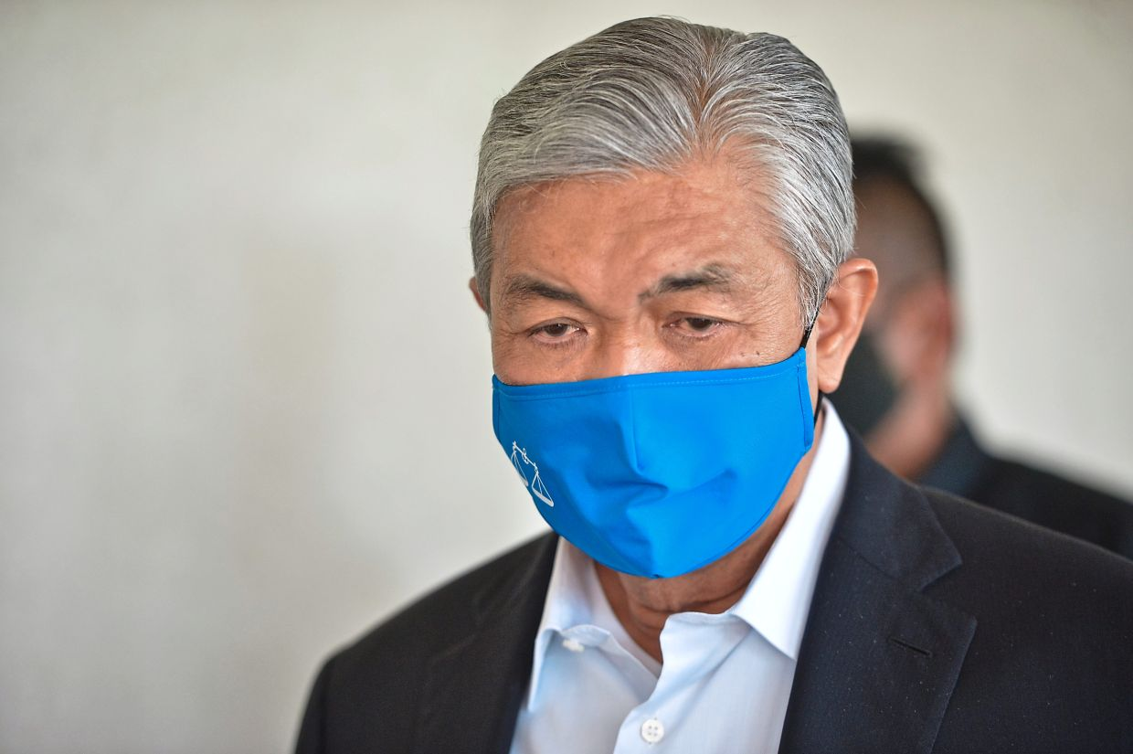 MACC officer: Zahid asked for RM10mil donation