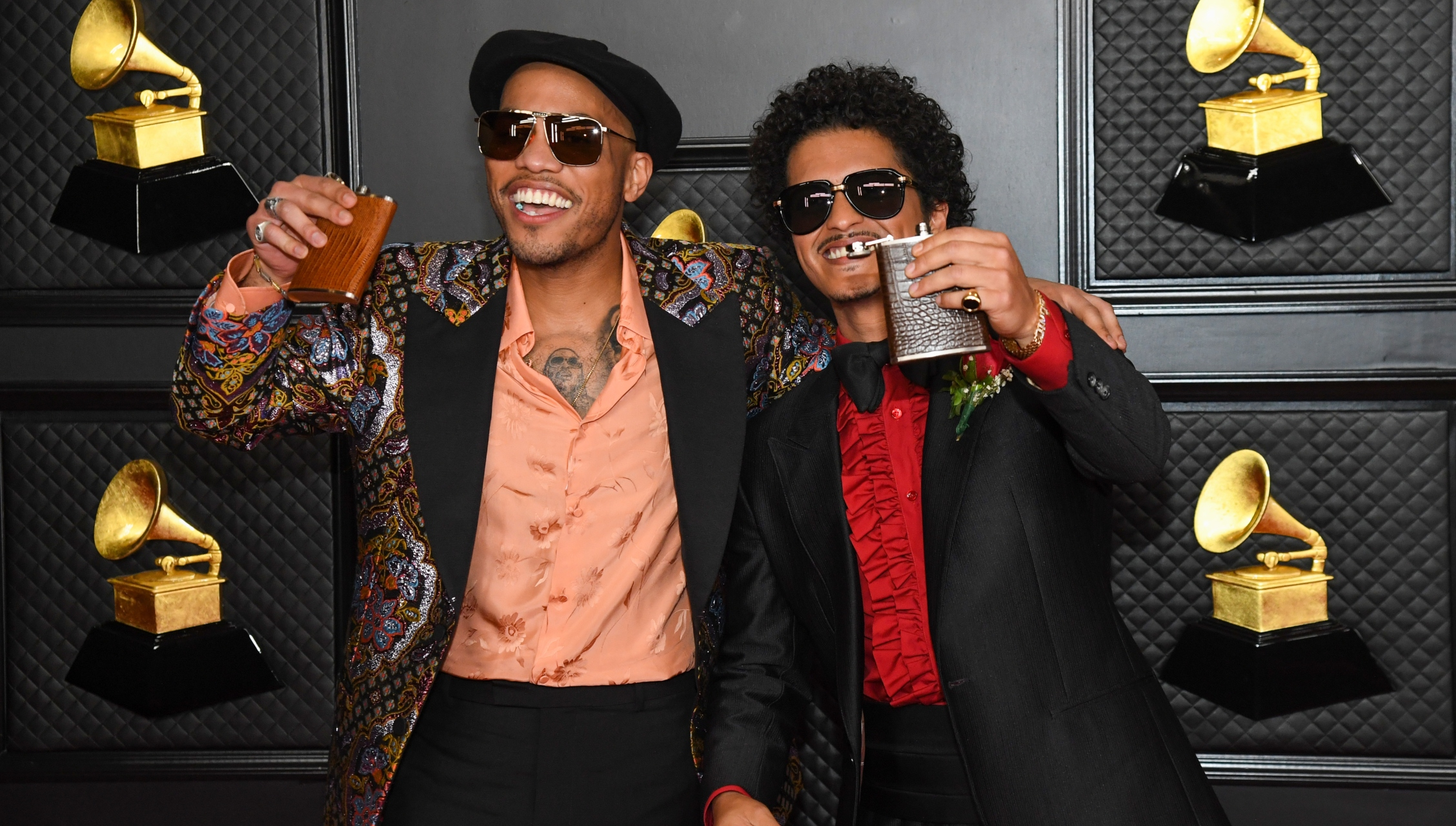 """Watch Bruno Mars and Anderson .Paak Perform """"Leave the Door Open"""" as Silk Sonic at 2021 Grammys"""