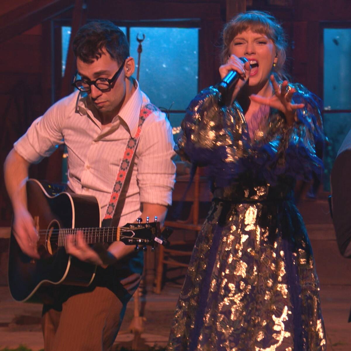 Taylor Swift and Jack Antonoff's Secret Handshake Is Back and Wilder Than Ever at 2021 Grammys
