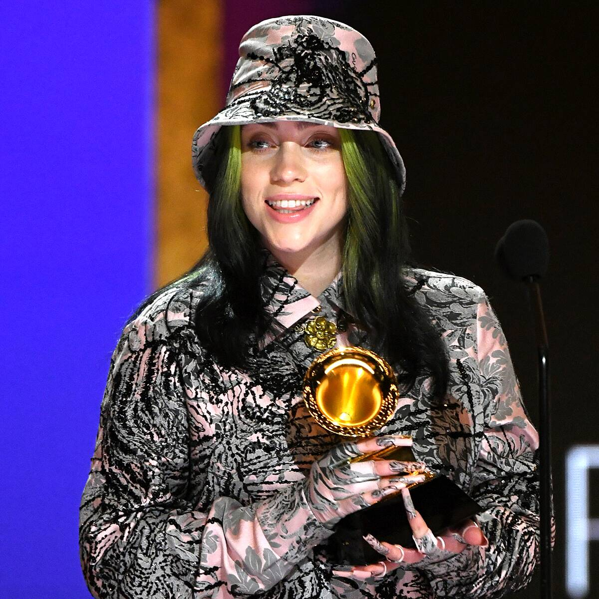 """Billie Eilish Dedicates 2021 Grammy Award to """"Queen"""" Megan Thee Stallion After Second Consecutive Win"""