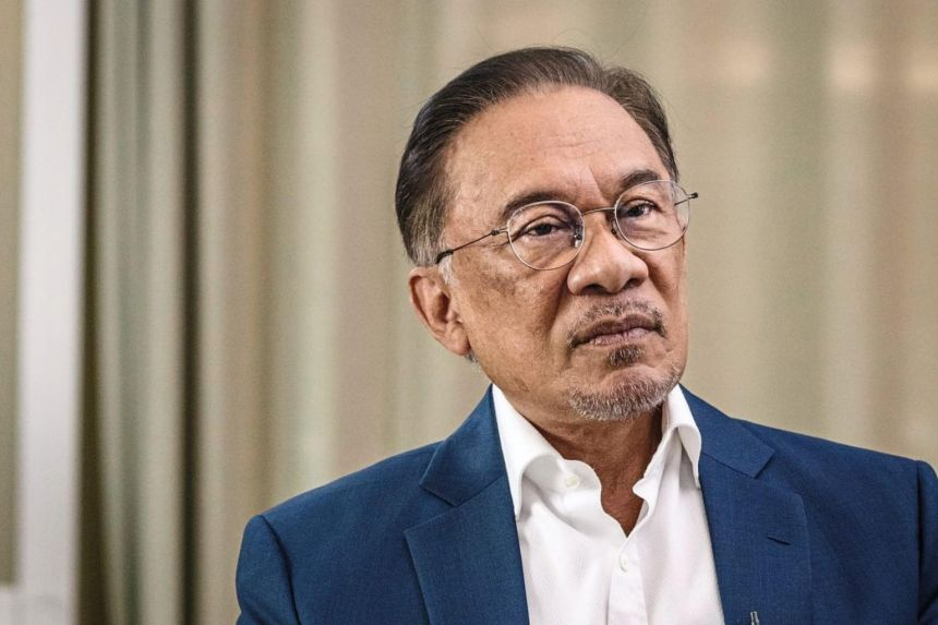 Anwar to address PKR-Umno collaboration in Malaysia's GE15 at 4.30pm: Sources
