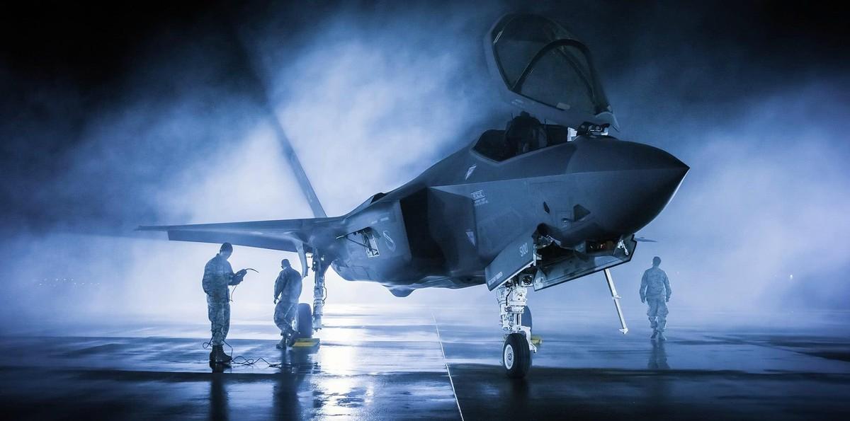原创 不敢想象,F-35战斗机辉煌不再?英国购买数量大减!