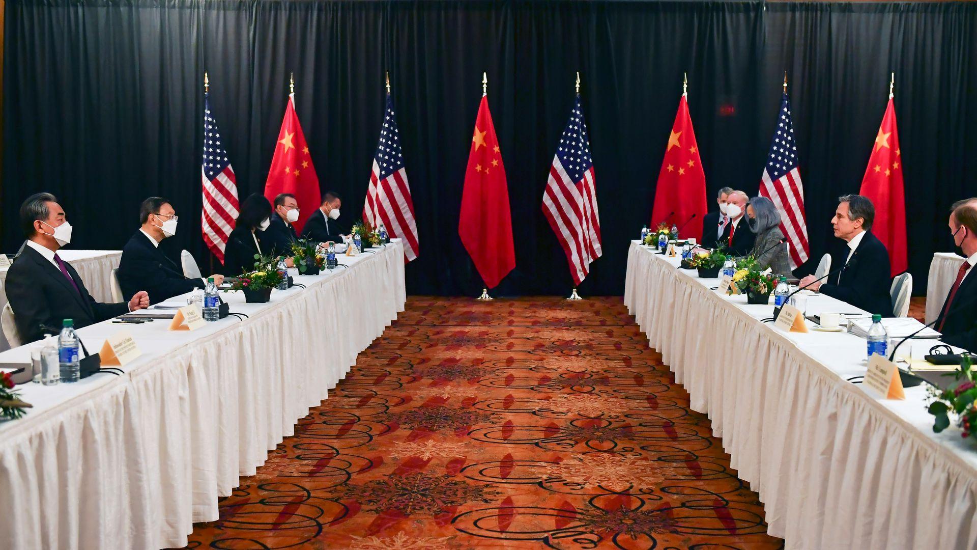 中美对话北京姿态强硬,中国民间反应强烈(视频/组图)