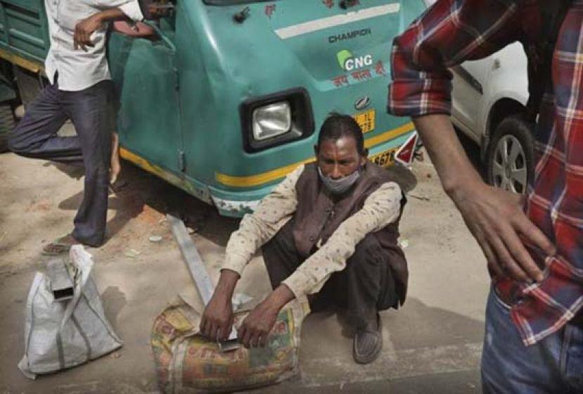 印度新冠肺炎疫情恶化 多地宵禁盼扩大接种疫苗
