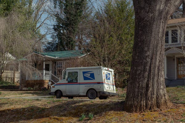 Postal Service Struggles to Speed Up Delivery, Compounding Its Troubles