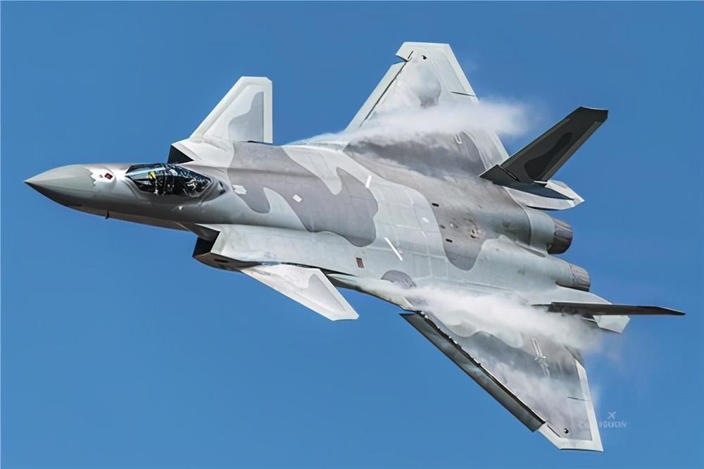 歼-20+霹雳-15有多强?美空中预警机已离不开F-22掩护