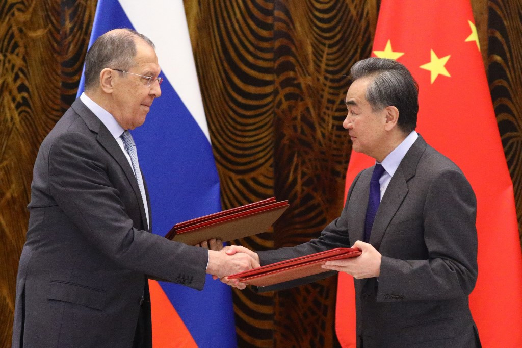 China, Russia vow to boost cooperation to counter US challenge