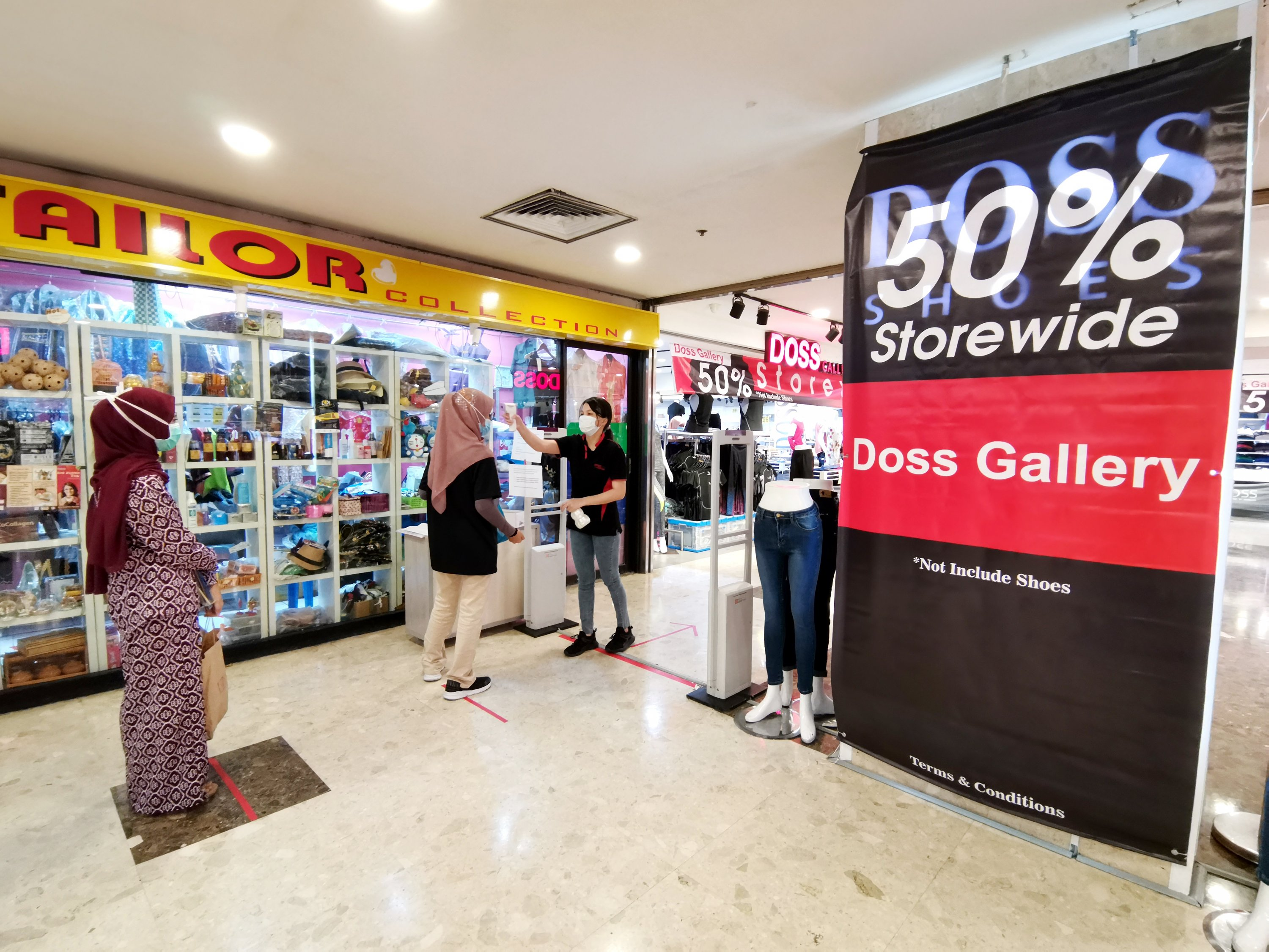 Buzz is back at shopping malls
