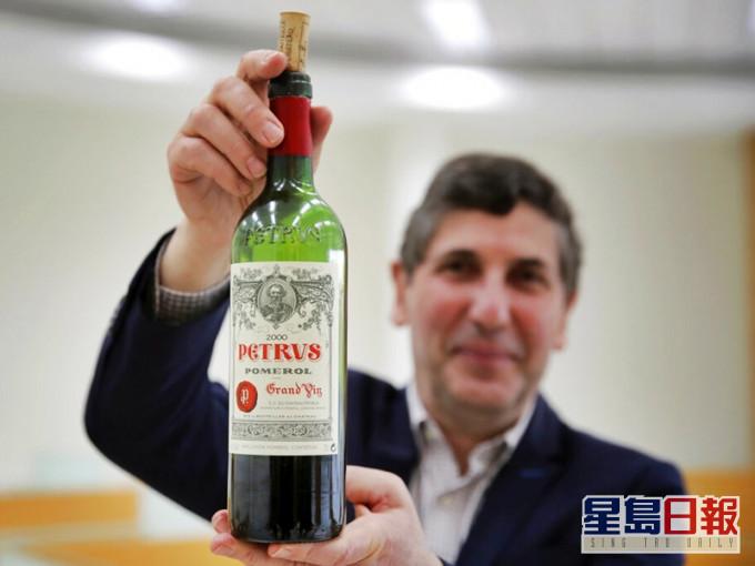 波尔多红酒上太空1年 品酒师:散发更芬芳花香