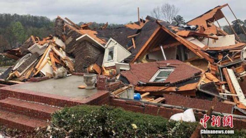 美国亚拉巴马州遭龙卷风袭击 造成至少5人死亡
