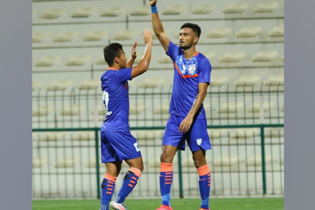 Manvir Singh header ensures India share spoils with Oman