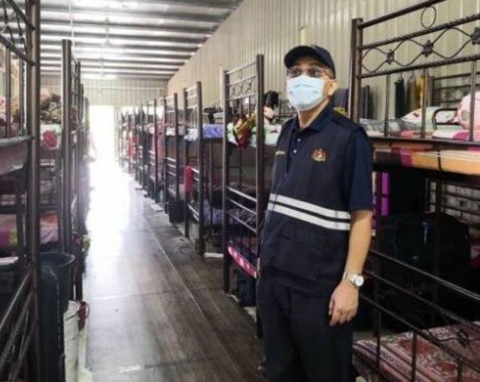 外劳宿舍充小贩卖部 工厂违规被对付