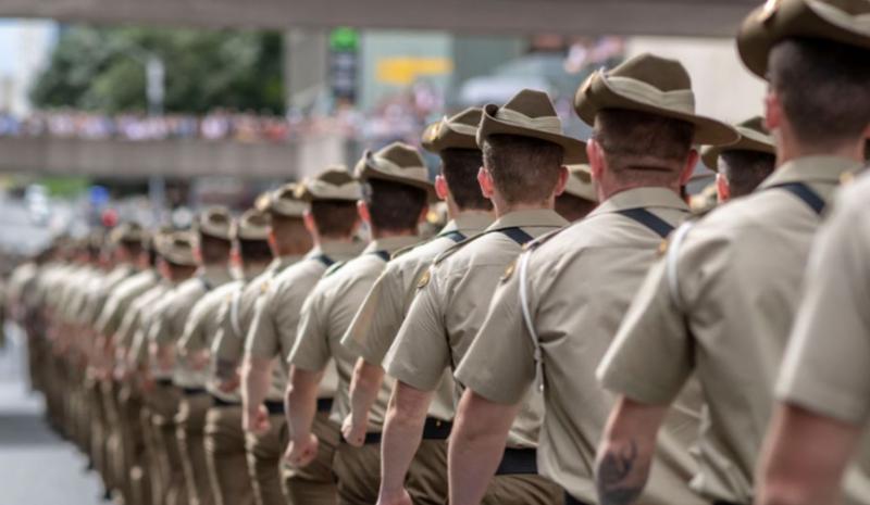 悲剧!澳洲国防士兵军演期间死亡,疑似中暑(组图)