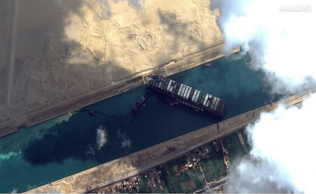 苏伊士运河搁浅货船已脱困