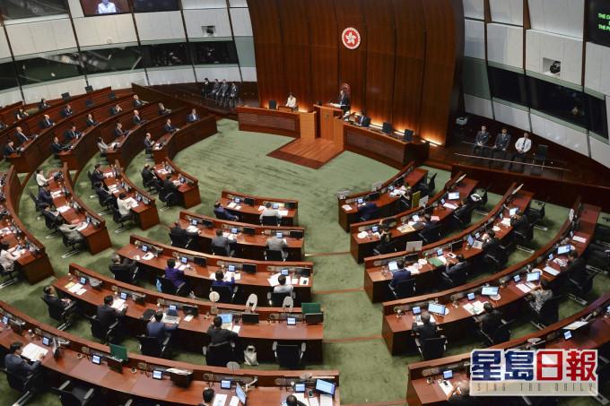 紫荆民调指36%受访者撑立法会「432」方案
