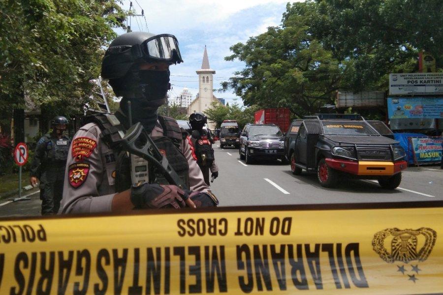 印尼教堂遭炸弹袭击 至少14人受伤