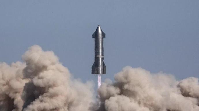 SpaceX太空船再降落失败 马斯克:炸在对的地方