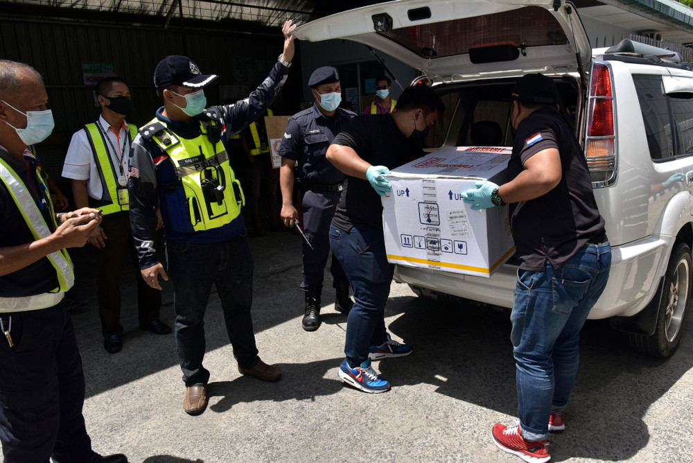 Covid-19: Second batch of vaccines for phase two arrives in Labuan